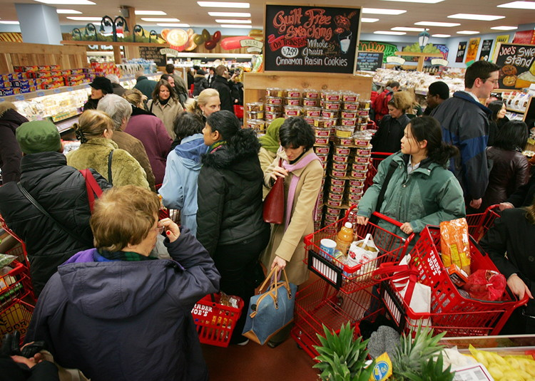 busy-trader-joes