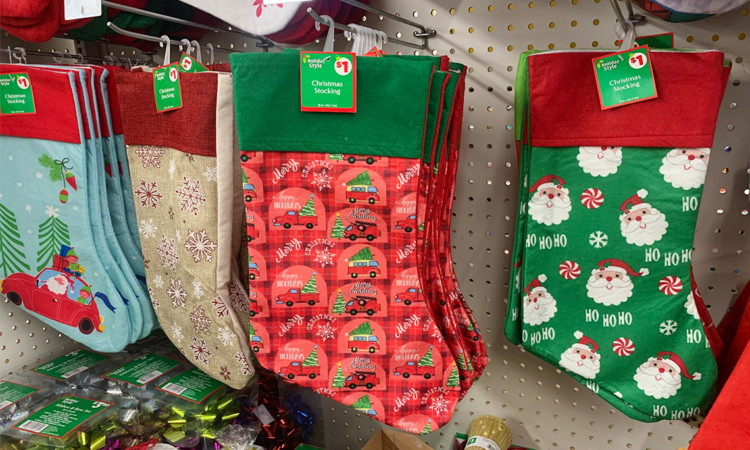 Is Dollar General Open On Christmas.50 Off Christmas Clearance At Dollar General The Krazy