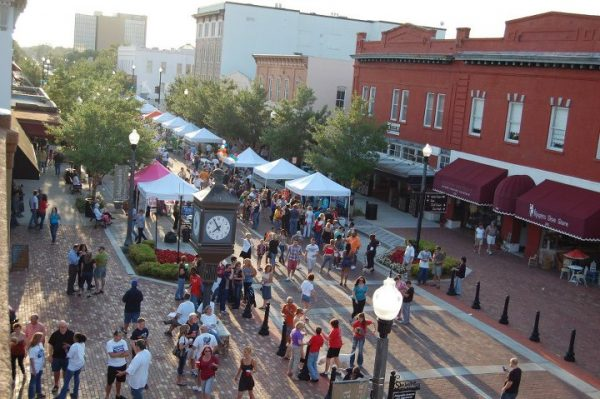 Free things to do in Orlando: Alive After 5 in Downtown Sanford